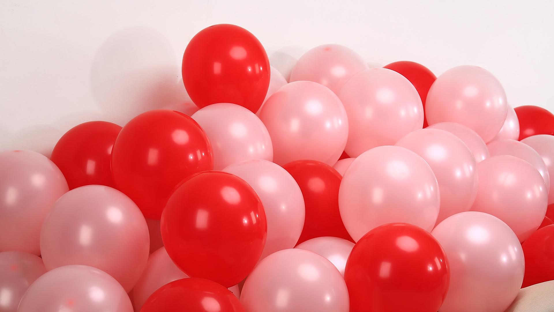 2.2G matte balloon